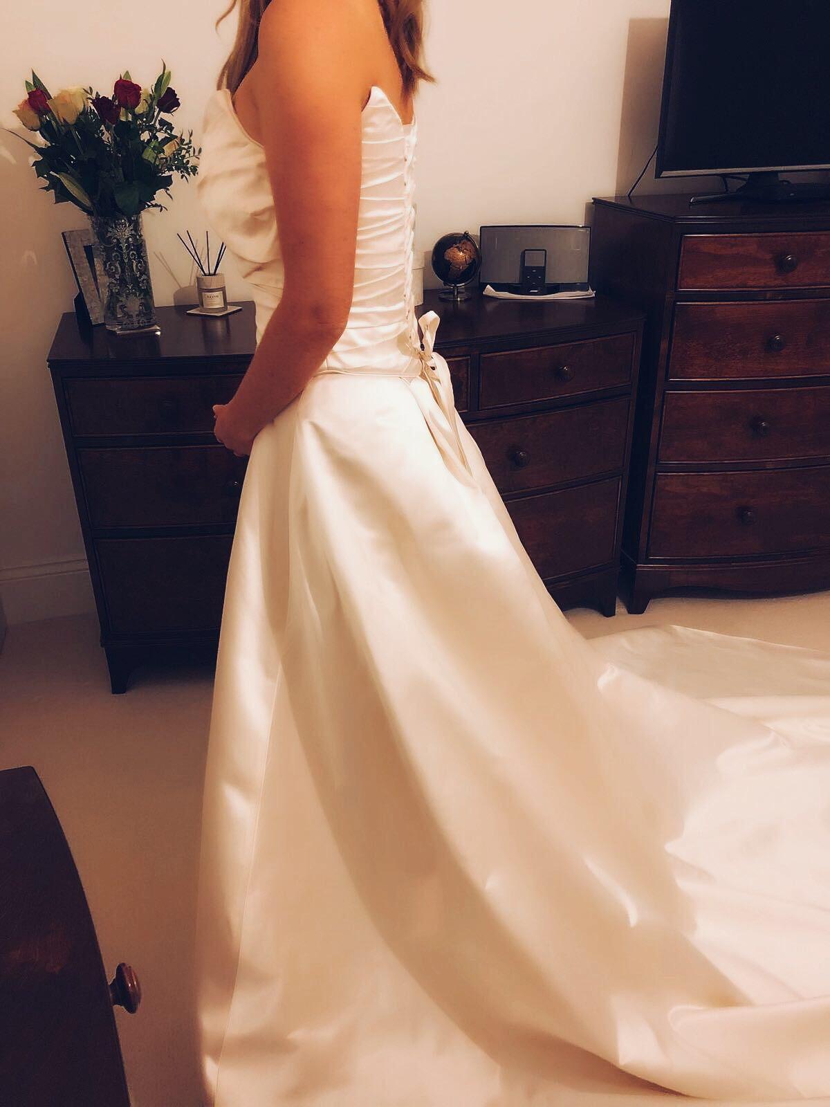 Annette Carey Custom Made ICE Wedding Dress On Sale 82% Off