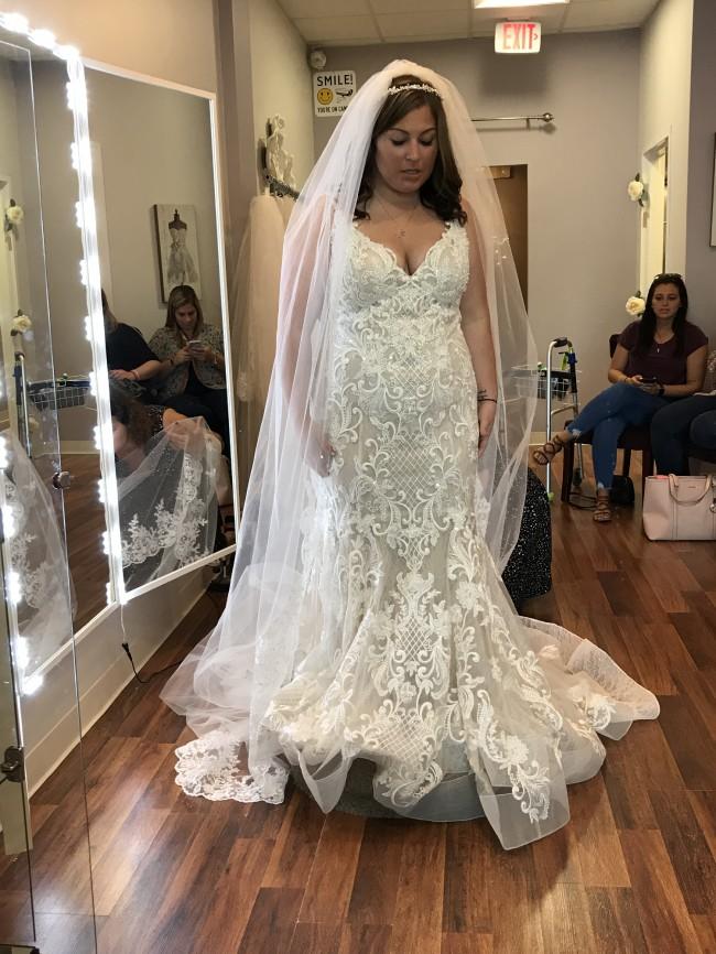 Allure Bridals Style:W430