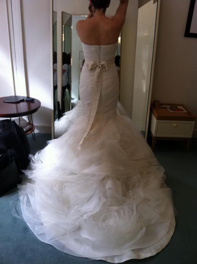 3bf001bc19a Vera Wang Gemma Second Hand Wedding Dress on Sale 44% Off ...