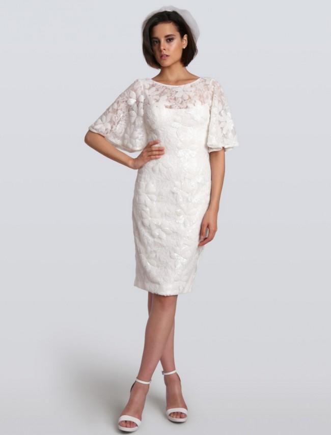 c4fffa01f06 Carmen Marc Valvo Camila C90058 New Wedding Dress on Sale 40% Off ...