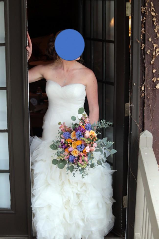 2e1b9062fd0a4 Vera Wang VW351172 Second Hand Wedding Dress on Sale 51% Off ...