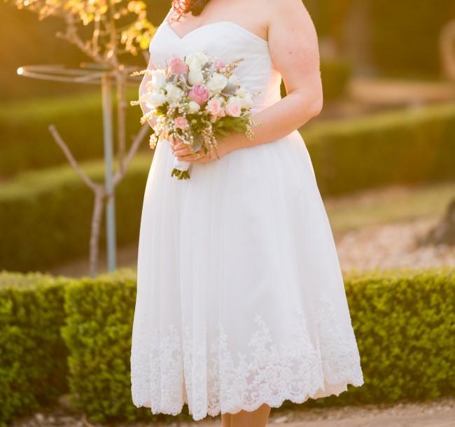 Brides In Love, JW155