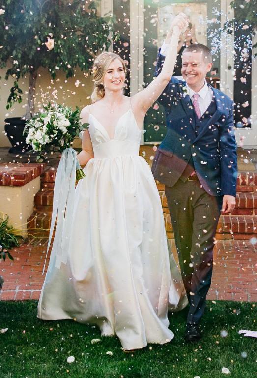 9227b914aa78 Hayley Paige Maple Second Hand Wedding Dress on Sale 47% Off - Stillwhite  Australia