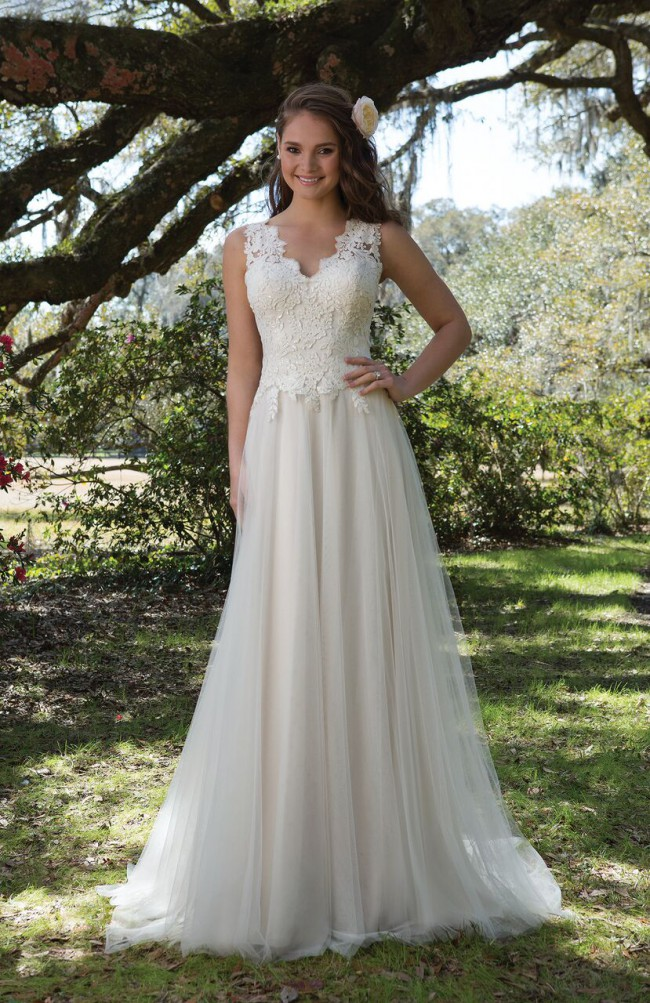 Sweetheart Gowns 6171