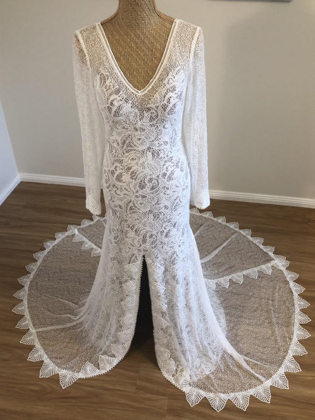 Unique Bridal Collection, Sasha