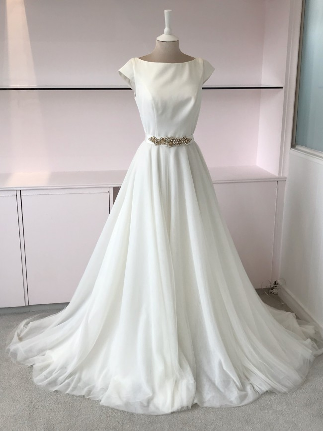 Essense of Australia, Tulle Gown