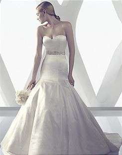 Casablanca Bridal B079