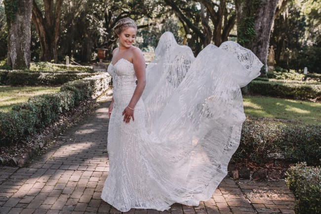 Allure Bridals Style 9550