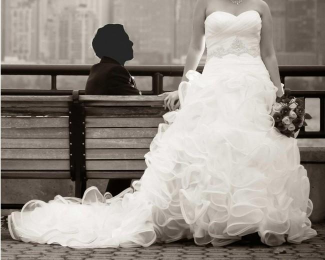 David's Bridal Galina SWG492