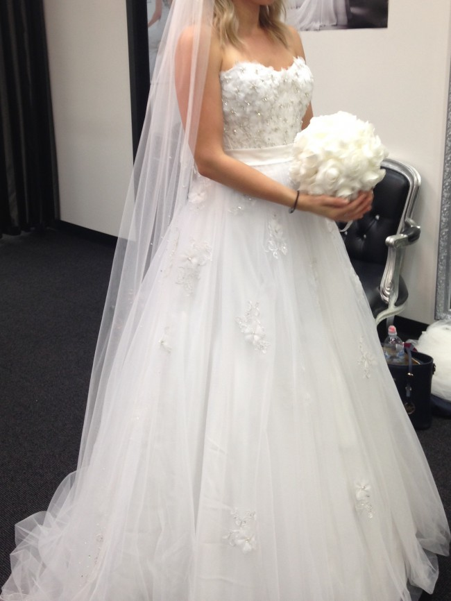 Alfred Angelo Snow White Wedding Dress On Sale 71 Off