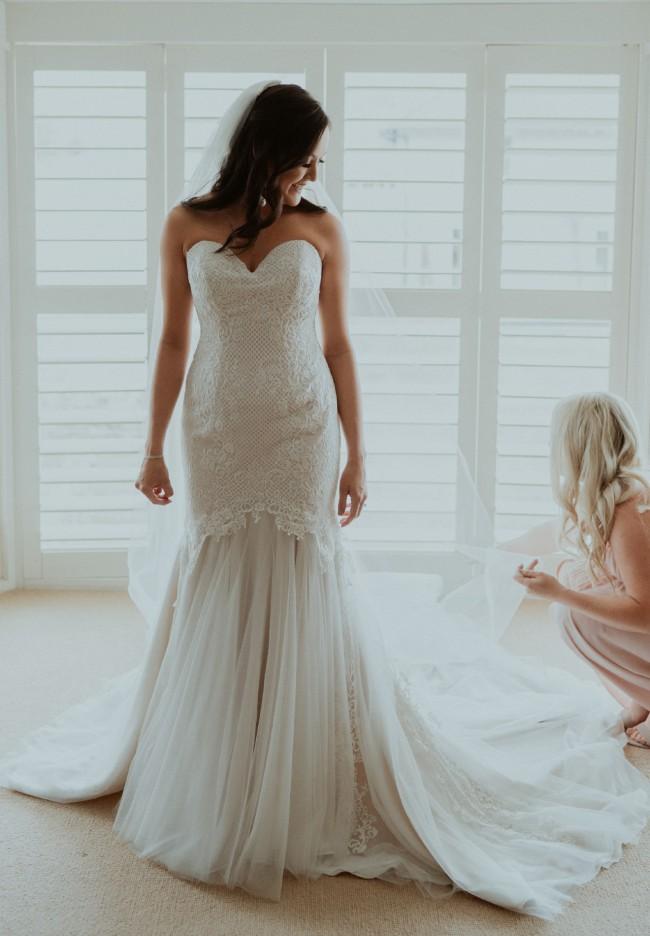 Brides Desire, Saskia