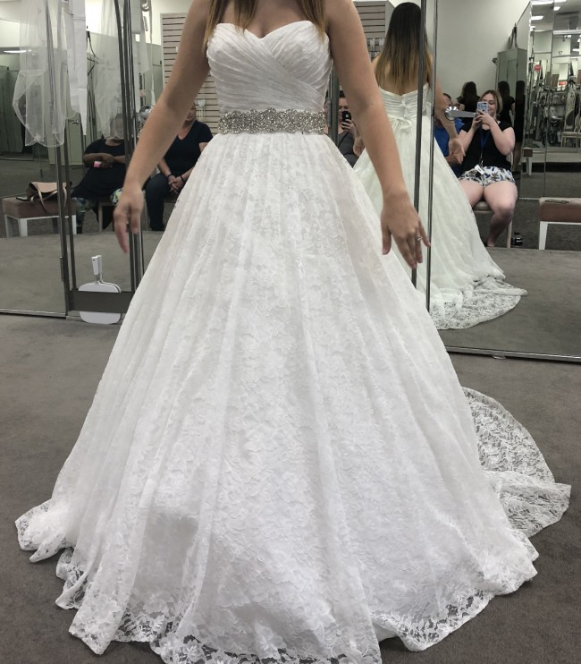 David's Bridal, Lace Sweetheart Wedding Ballgown 10012529