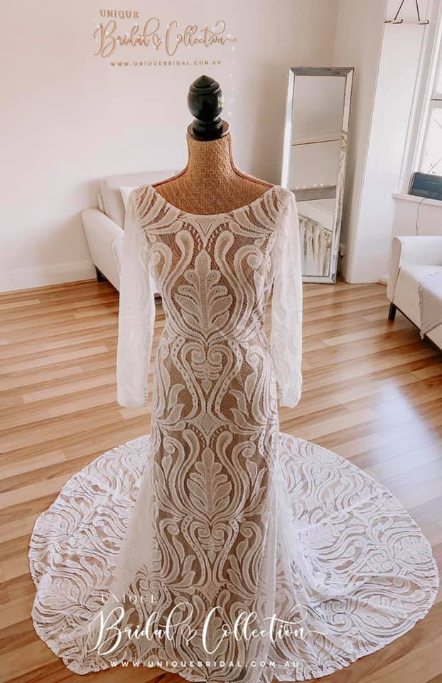 Unique Bridal Collection, Kazz