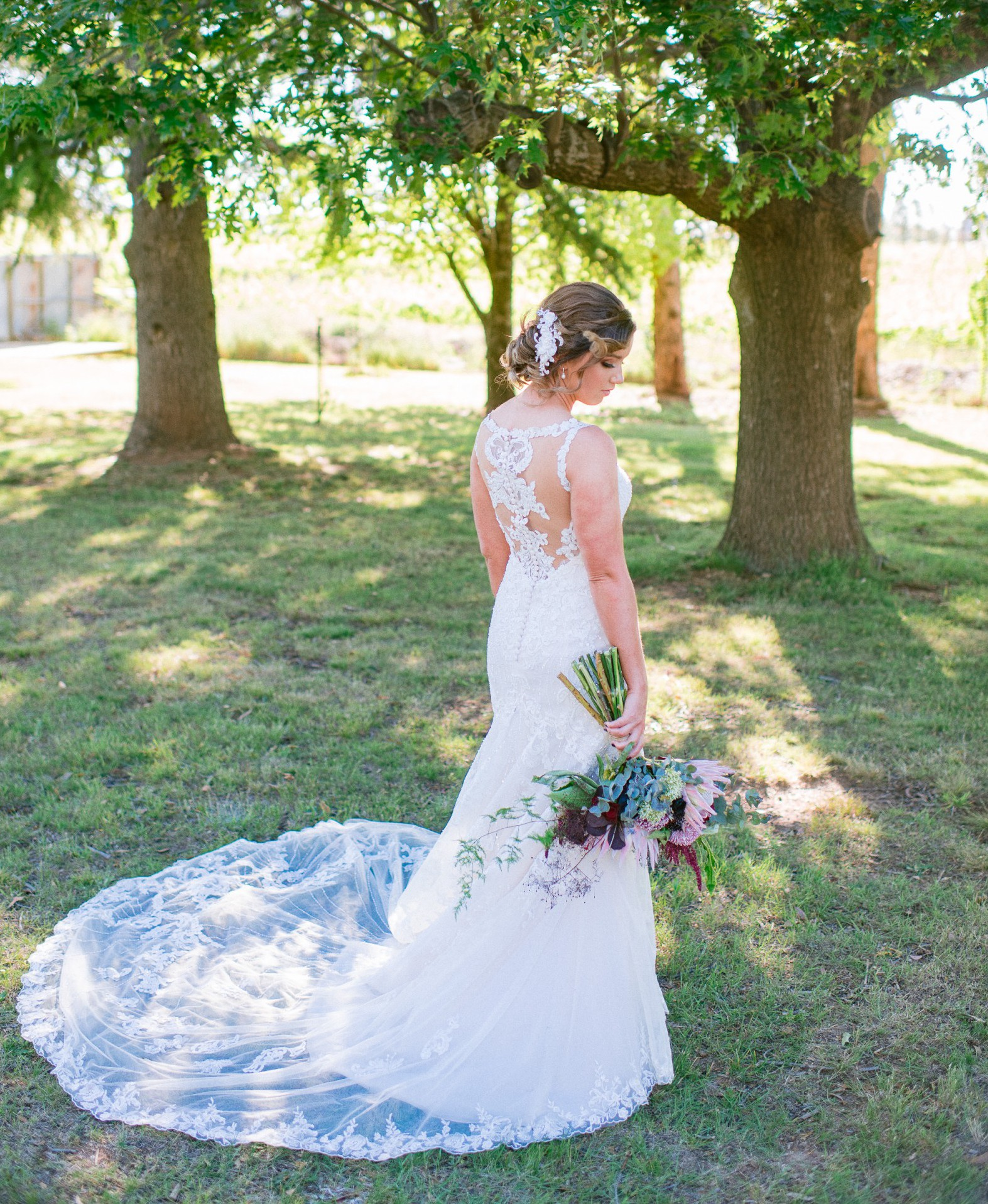 Essense Of Australia D2208 Used Wedding Dress Save 58