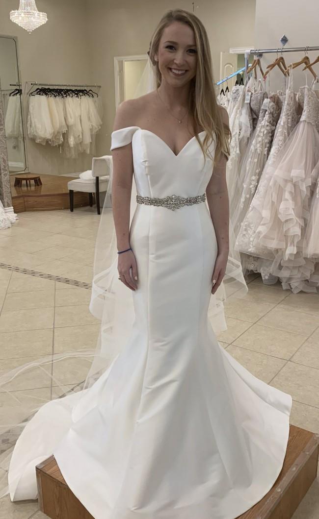 Allure Bridals 9608