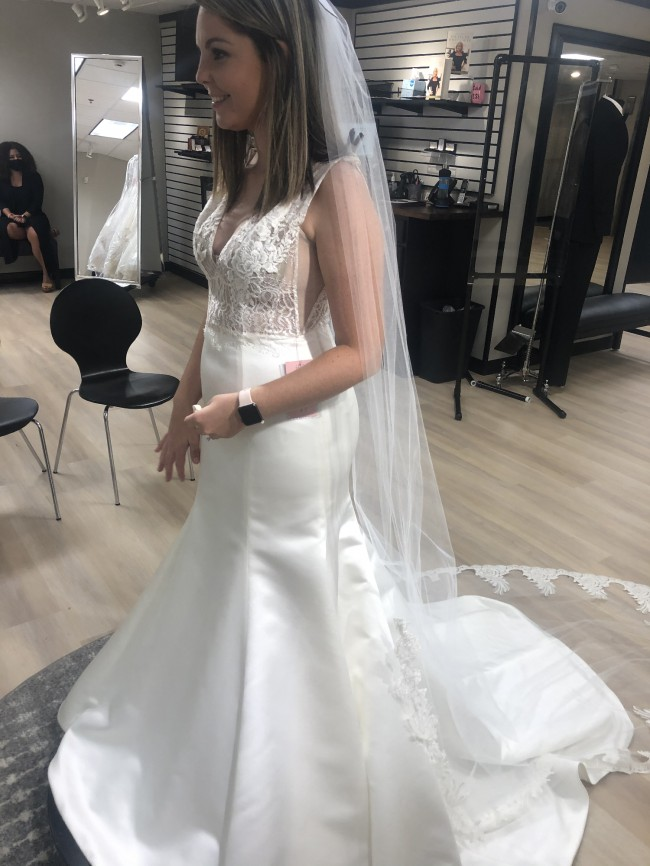 Monique Lhuillier 0135672