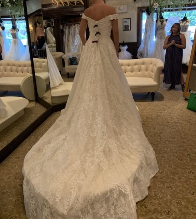 Allure Bridals C520
