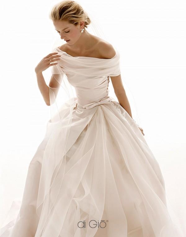 7d4d7d2e19 Le Spose Di Gio CL18 Second Hand Wedding Dress on Sale 47% Off - Stillwhite  United Kingdom