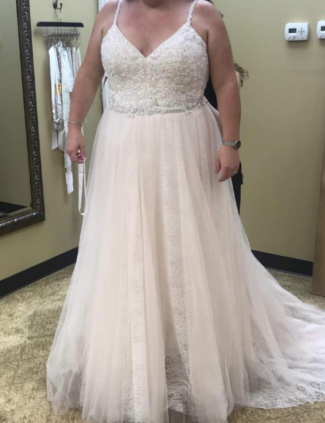 Allure Bridals W432