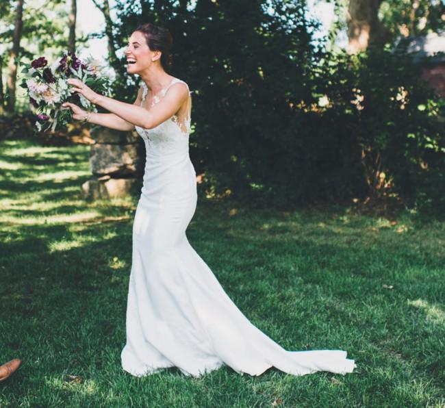 Pronovias Off White Vicenta Lace Appliqué Mermaid Gown Forma
