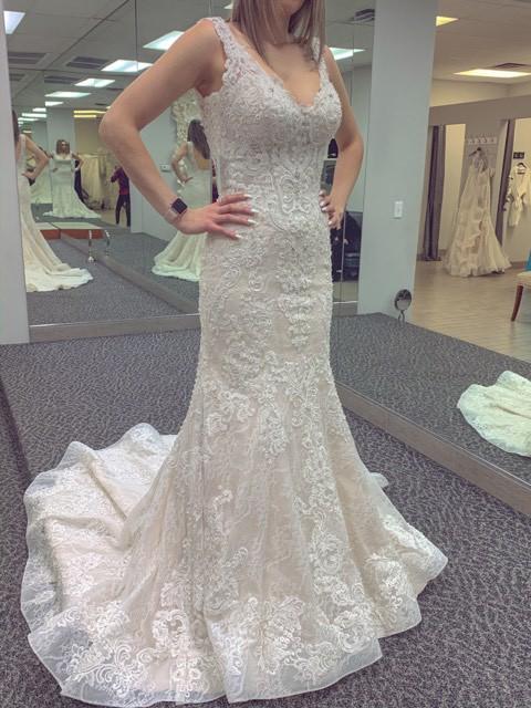 Allure Bridals C493
