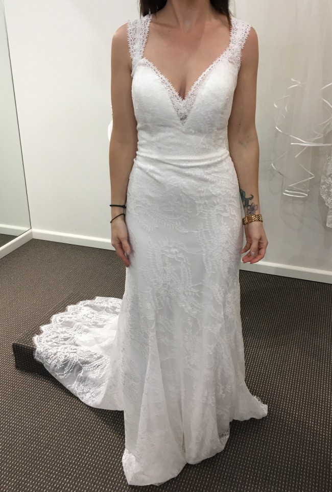 Allure Bridals Daisy