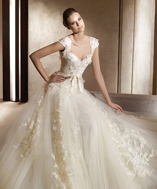 Elie Saab Wedding Dresses.Elie Saab Aglaya Dress With Ardelia Veil Wedding Dress On Sale 33 Off