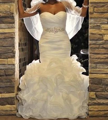 Allure Bridals 8966