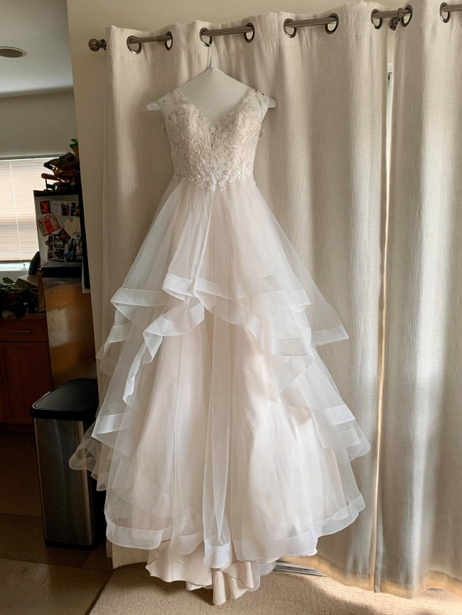 CocoMelody A-Line Court Train Tulle Wedding Dress CW2179