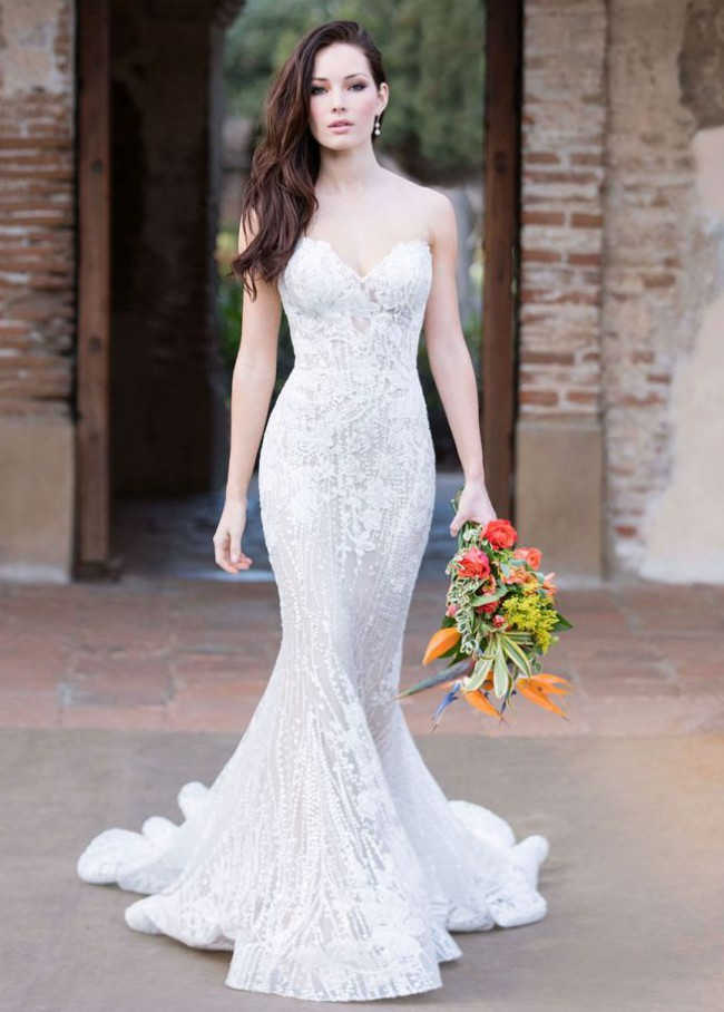 Allure Bridals Style: 9550
