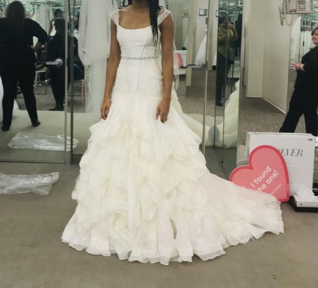 123470efda37 Truly Zac Posen New Wedding Dress on Sale 59% Off - Stillwhite