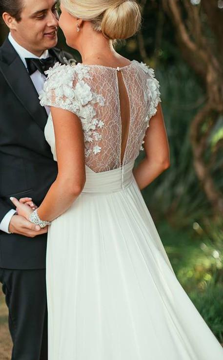 Elie Saab, Louisse gown