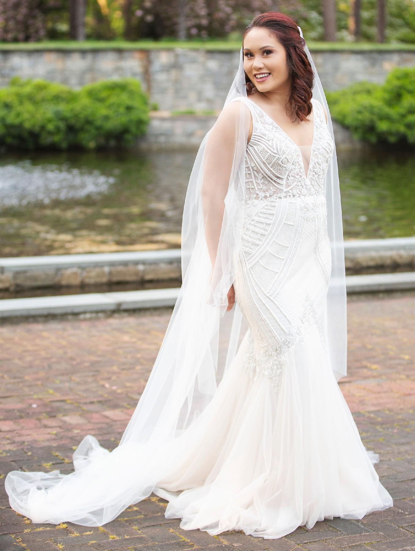 Badgley Mischka Charlize Used Wedding Dress Save 22 Stillwhite,Wedding Dresses With Deep V Neck
