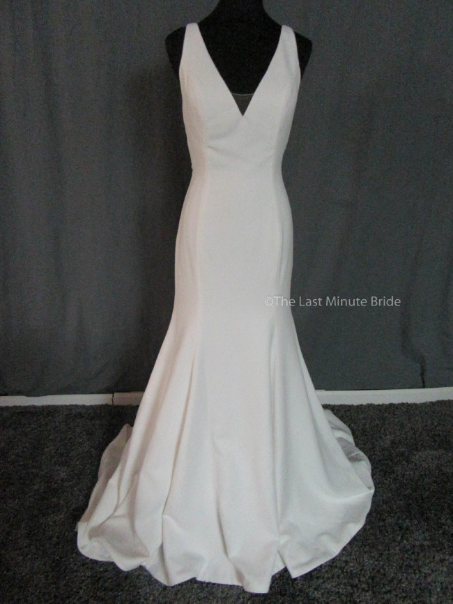 Sweetheart Gowns 11018