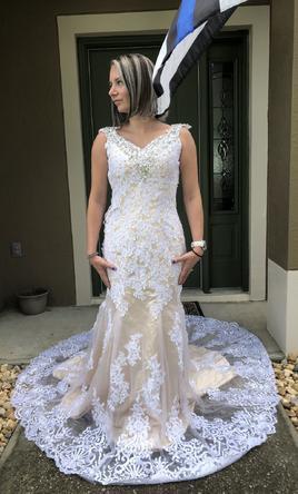 Kitty Chen, Ivoire- Ginnys Bridal
