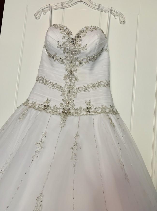 Allure Bridals C162