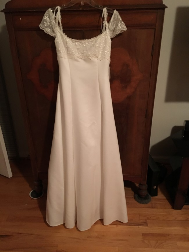 242fab8a2df Jessica McClintock Gwenyth New Wedding Dress on Sale 38% Off ...