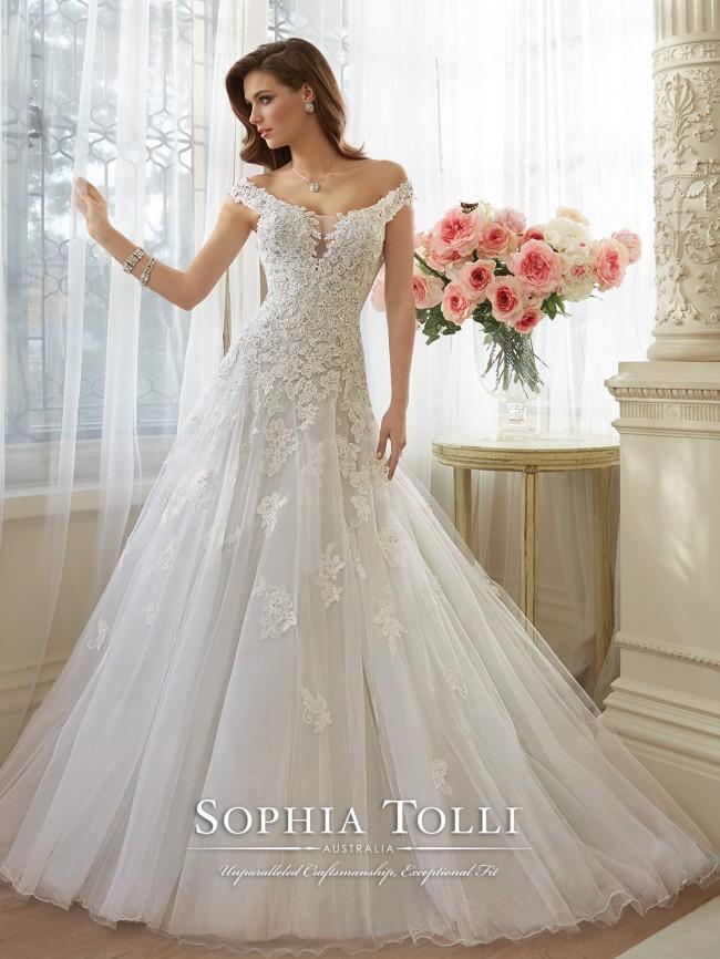 Sophia Tolli Vasya Y11635