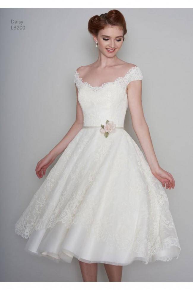 Loulou Bridal LB200 Daisy