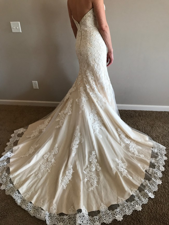 Isabella Bridal Inc, Fit & Flare