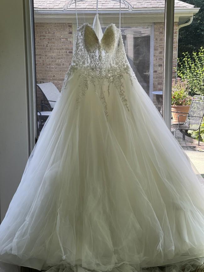 Allure Bridals 9565