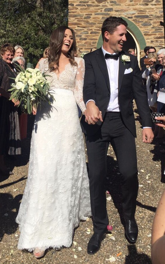 Carolina Herrera Claudette Preloved Wedding Dress Save 59%