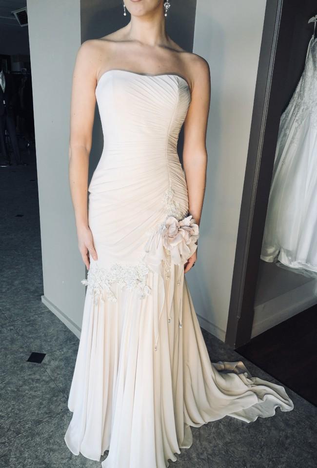 Brides Desire, Odette
