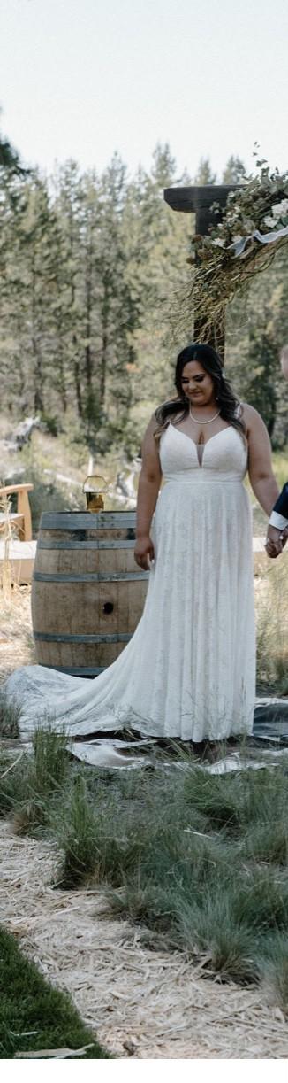 Wilderly Bride Clara