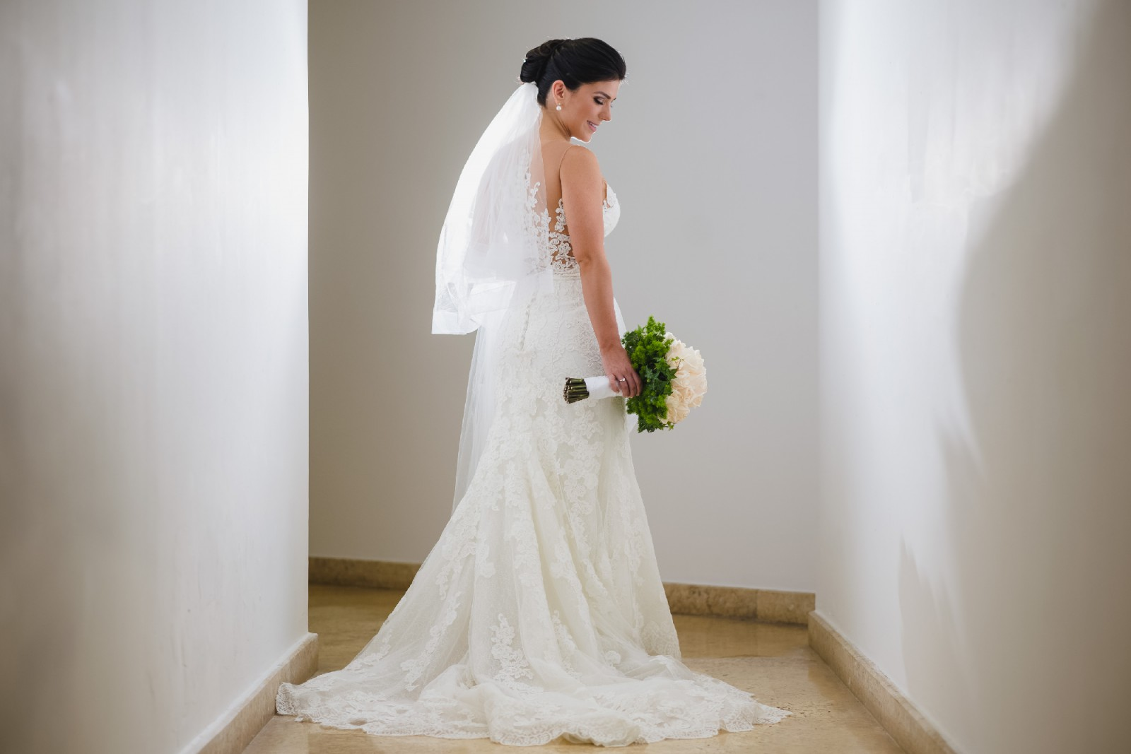 Pronovias Vicenta Second Hand Wedding Dress On Sale: Pronovias Placia Second Hand Wedding Dress On Sale 84% Off