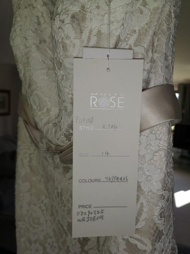 White Rose Bridal R704