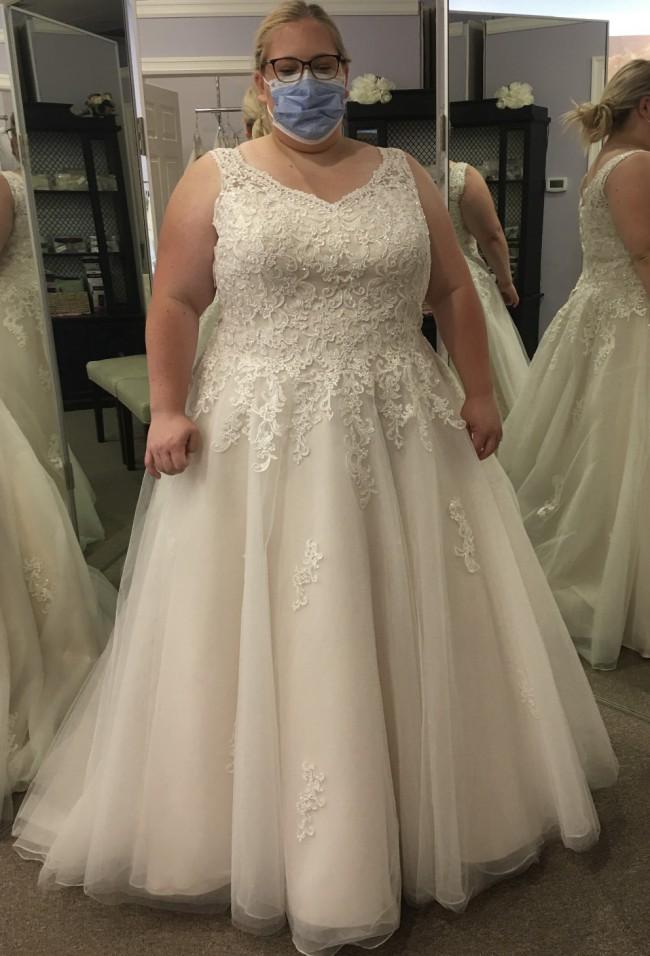 Michelle Bridal Rosella Bridal Gown  MB1712