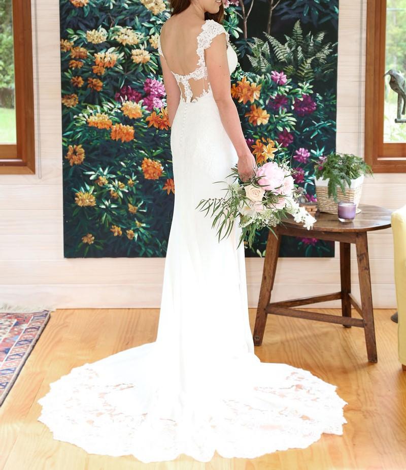 Essense Of Australia D1897 Second Hand Wedding Dress On