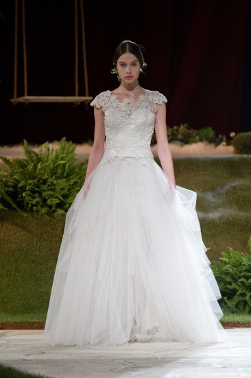 David Fielden, 8364 - 2015 Sposa Collection