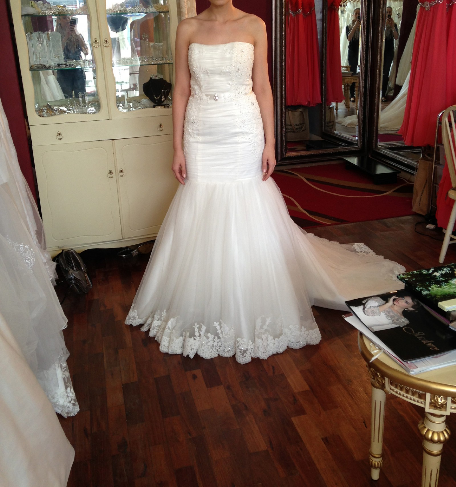 Henry Roth New Wedding Dress On Sale 83% Off